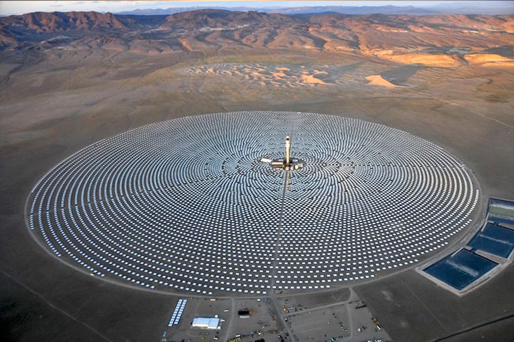 24 7 Concentrated Solar Power Plant Powers 75 000 Homes