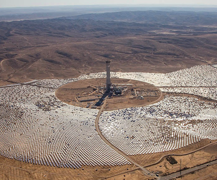 Israel builds world's largest concentrated solar power tower